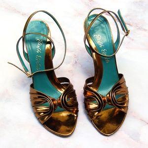 Ernesto Esposito Gold Heels